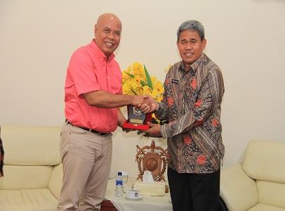 Rektor Unhan Terima Kunjungan Rektor IKIP Saraswati Tabanan dan IKIP PGRI Bali