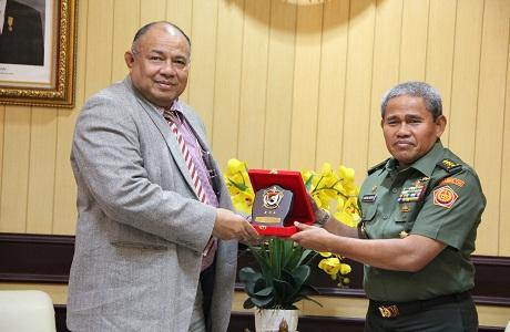 Rektor Unhan Menerima Kunjungan High Commisioner Fiji, Dubes Esala Teleni ( Ketua Keamanan Nasional )