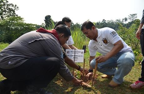 Mahasiswa Unhan Tanam 115 bibit Pohon Sebagai Bentuk Pengabdian Anshula terhadap Lingkungan