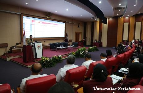 Unhan Gelar Kuliah Umum dari Prof. Dr. Mahsun, M.S