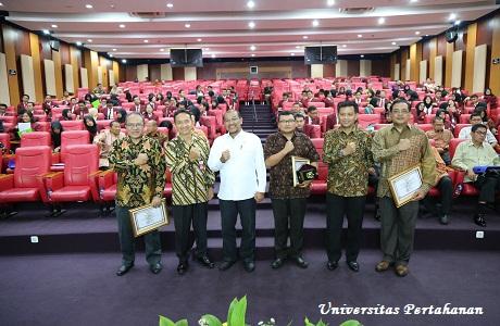 Unhan Gelar Seminar Umum tentang Pengembangan Infrastruktur Sumber Energi Baru Terbarukan untuk Peningkatan Ketahanan Energi Nasional Provinsi Maluku