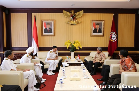 Rektor Unhan Terima Courtesy Call Vice Admiral AR Karve Flag Officer Commanding in CHIEF southern Naval Command, Indian Navy