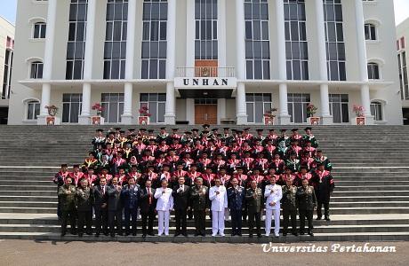 Universitas Pertahanan Meluluskan 90 Mahasiswa Pasca Sarjana Sekaligus Sebagai Kader Intelektual Bela Negara