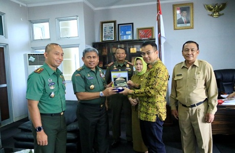 Rektor Unhan Audiensi Dengan Walikota Pangkal Pinang