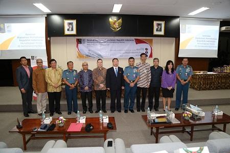 """Unhan Bersama Universitas Indonesia (UI) Selenggarakan Seminar Nasional """"Diplomasi Pertahanan RI Menanggapi Krisis di Semenanjung Korea"""""""