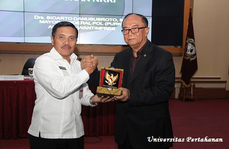 Mahasiswa Unhan Menerima  Kuliah Umum dari Wantipres