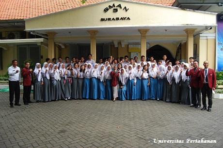 Mahasiswa Fakultas Strategi Pertahanan Unhan Seminar Bersama Universitas Pembangunan Nasional Veteran Jawa Timur