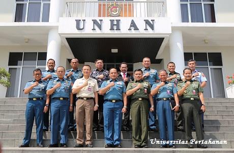 Kuliah Umum Oleh Kepala Staf TNI Angkatan Laut Laksamana TNI Ade Supandi