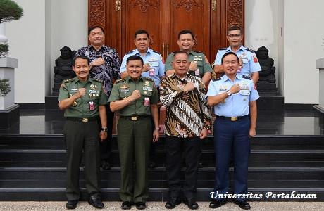 Mahasiswa Unhan Menerima Kuliah Umum dari Menhan RI  Tentang Integritas pemimpin yang berwibawa kebangsaan