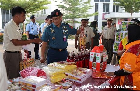 Unhan Gelar Bazar Murah Jelang Idul Fitri 1439H/2018M