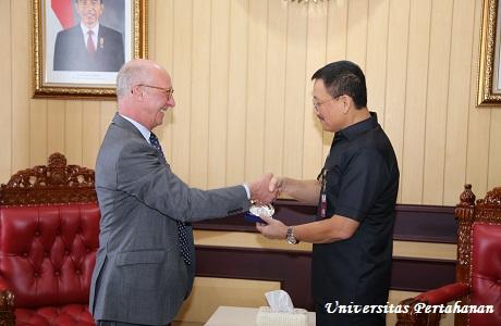 Unhan Terima Dirjen Hubungan Internasional dan Strategi perwakilan Indo-Asia Pasifik,  Kementerian Pertahanan Perancis