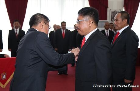 Rektor Unhan Melantik Pejabat Eselon III dan Dosen di Lingkungan Unhan