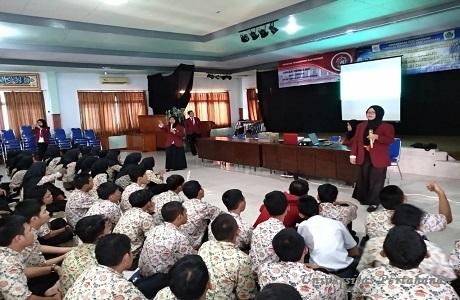 Prodi Teknologi Penginderaan Universitas Pertahanan Laksanakan Unhan Mengajar di MAN 02 Bogor