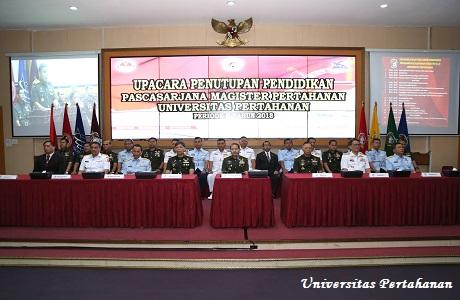 Unhan Laksanakan Upacara Tutup Pendidikan Pascasarjana Magister Ilmu Pertahanan TA.2017/2018
