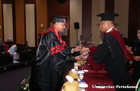 Menhan Mewisuda 62 Mahasiswa Pasca Sarjana (S2) Unhan  Sekaligus Sebagai Kader Intelektual Bela Negara