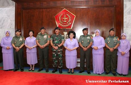 Laporan Kenaikan Pangkat Rektor Unhan Letjen TNI Dr. Tri Legionosuko, S.IP., M.AP di Hadapan Panglima dan Korp Raport di Hadapan Wakil Kepala Staf AD