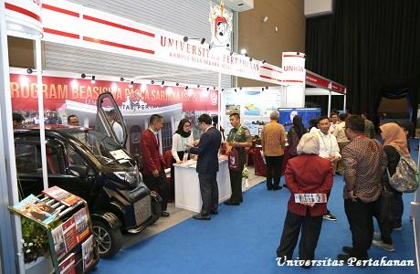 Pameran Universitas Pertahanan di Indodefence 2018 Expo & Forum