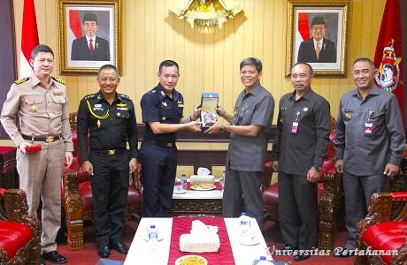 Unhan Terima Kunjungan Atase Pertahanan Thailand