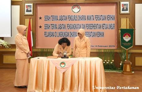 Serah Terima Jabatan Dharma Wanita Persatuan di Lingkungan Kemhan RI