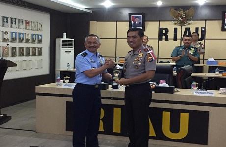 Fakultas Manajemen Pertahanan Universitas Pertahanan KKDN ke Polda Riau