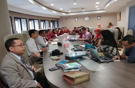 Mahasiswa Prodi  Ekonomi Pertahanan Unhan Kunjungi  Pusat Penelitian Sumber Daya Regional (P2SDR) LIPI.
