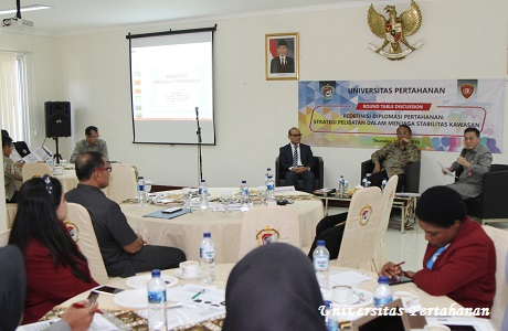 Round Table Discussion Prodi Diplomasi Pertahanan Unhan