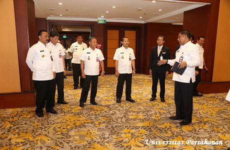 Rektor Unhan Tinjau Persiapan Seminar Indonesia International Defense Science Seminar (IIDSS) Tahun 2019