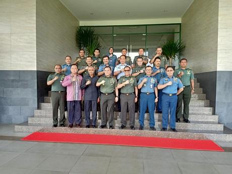Civitas akademi Fakultas Strategi Pertahanan Unhan laksanakan studi Visit di Pemprov Sulawesi Utara gali Potensi kewilayahan