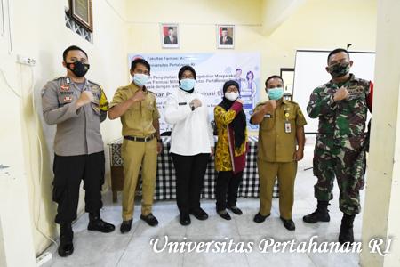 Fakultas Farmasi Militer Unhan RI Laksanakan Kegiatan Penyuluhan Sukseskan Program Vaksinasi Covid-19 kepada Masyarakat di Posyandu Desa Tangkil